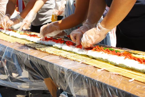全长216m的龙卷寿司